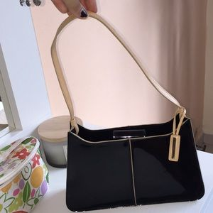 Guess Black and Cream details purse
